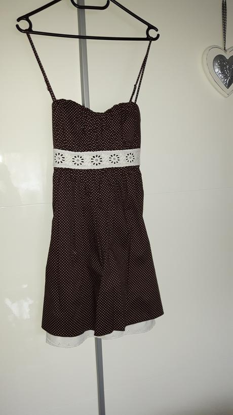 Bodkované letné šaty, 38