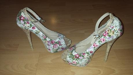 Kvetinové topánočky , 38
