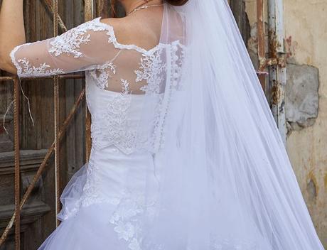 Nádherné svadobné šaty pre princeznú, 36