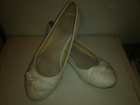 Svadobné alebo popolnočné balerínky, 39