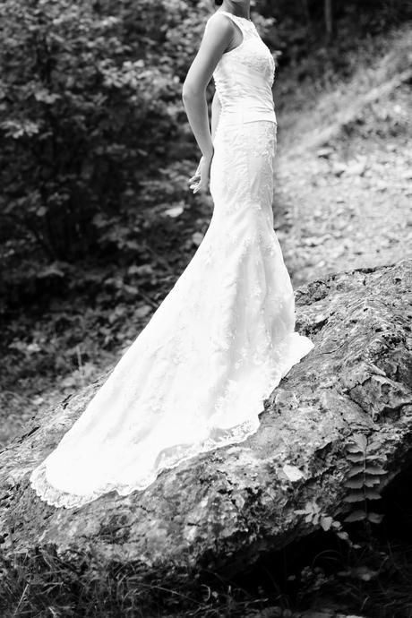 Krajkované svadobné šaty, 34