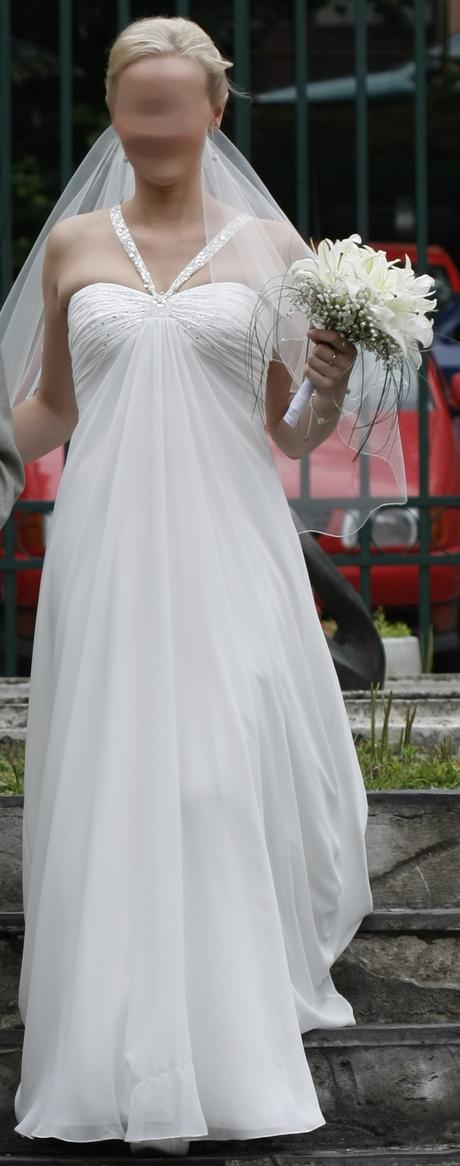 Vzdušné empírové svatební šaty, 38