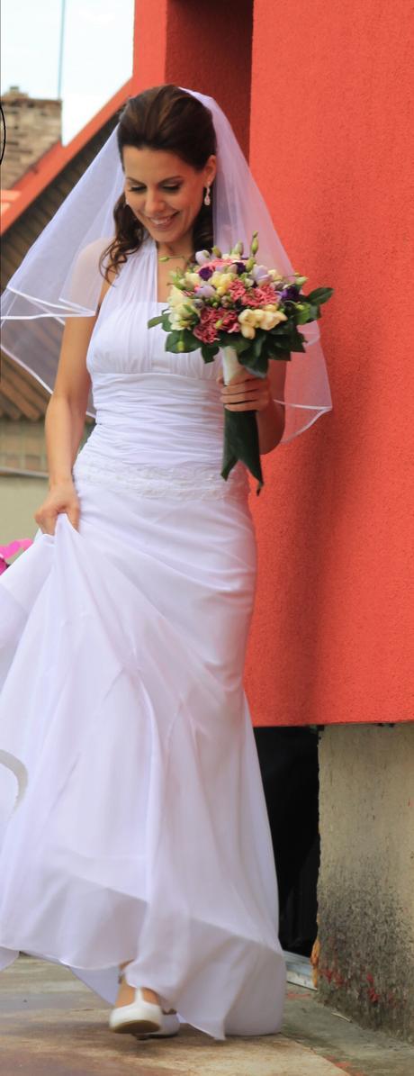 Jednoduché svatební šaty , 36