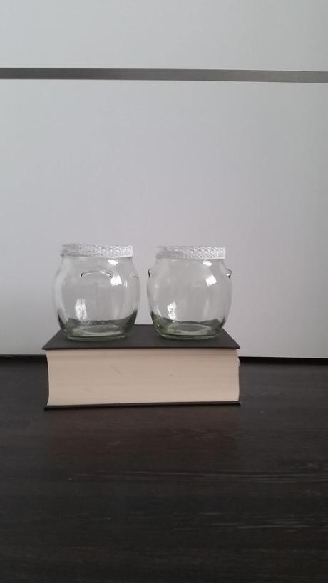 Svícen/váza s krajkou 10ks,