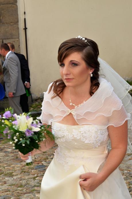 Ivory kvalitní svatební šaty z USA, 38