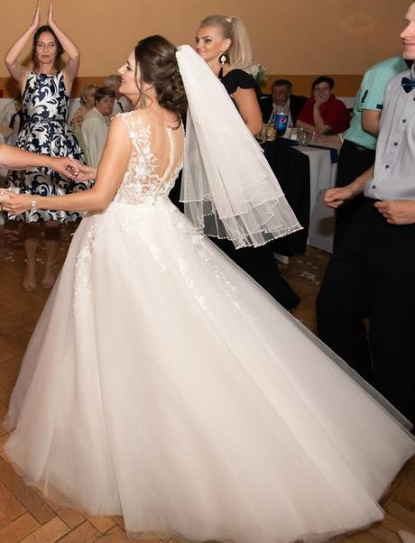 Jedinečné svadobné šaty cca vel. 36-38 , 36