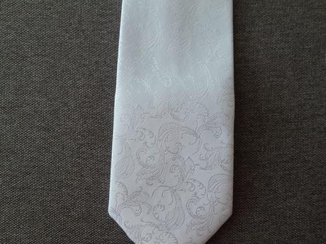francúzska svadobná kravata s kapesníčkom,