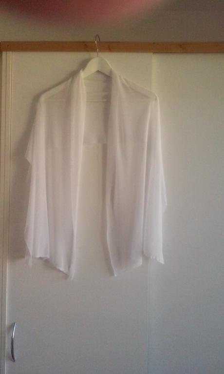 Trblietavé svadobné šaty, 38