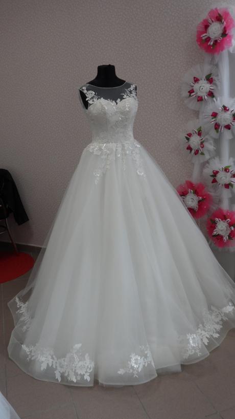 svatební šaty velikost 34-36, 34