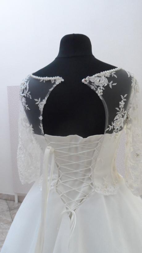 svatební šaty velikost 34-36, 35