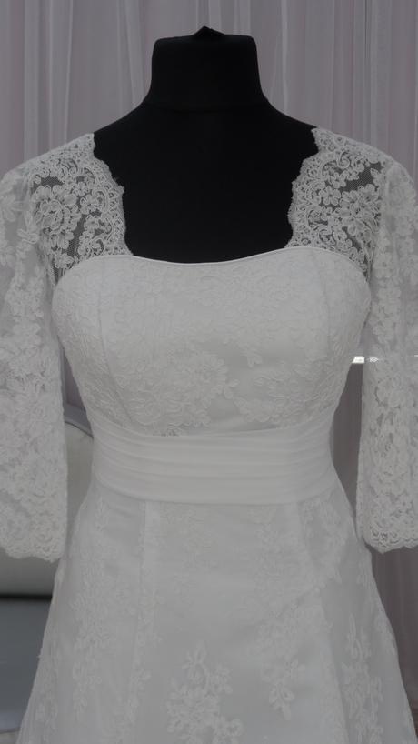 svatební šaty velikost , 34