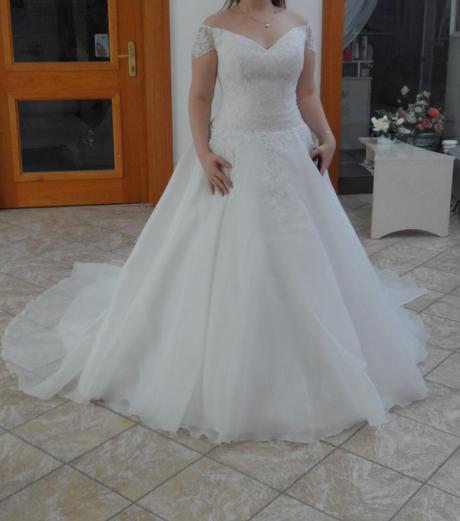 svatební šaty velikost, 42