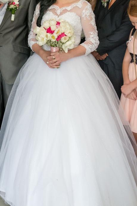 nadheeerné svadobne saty, 38