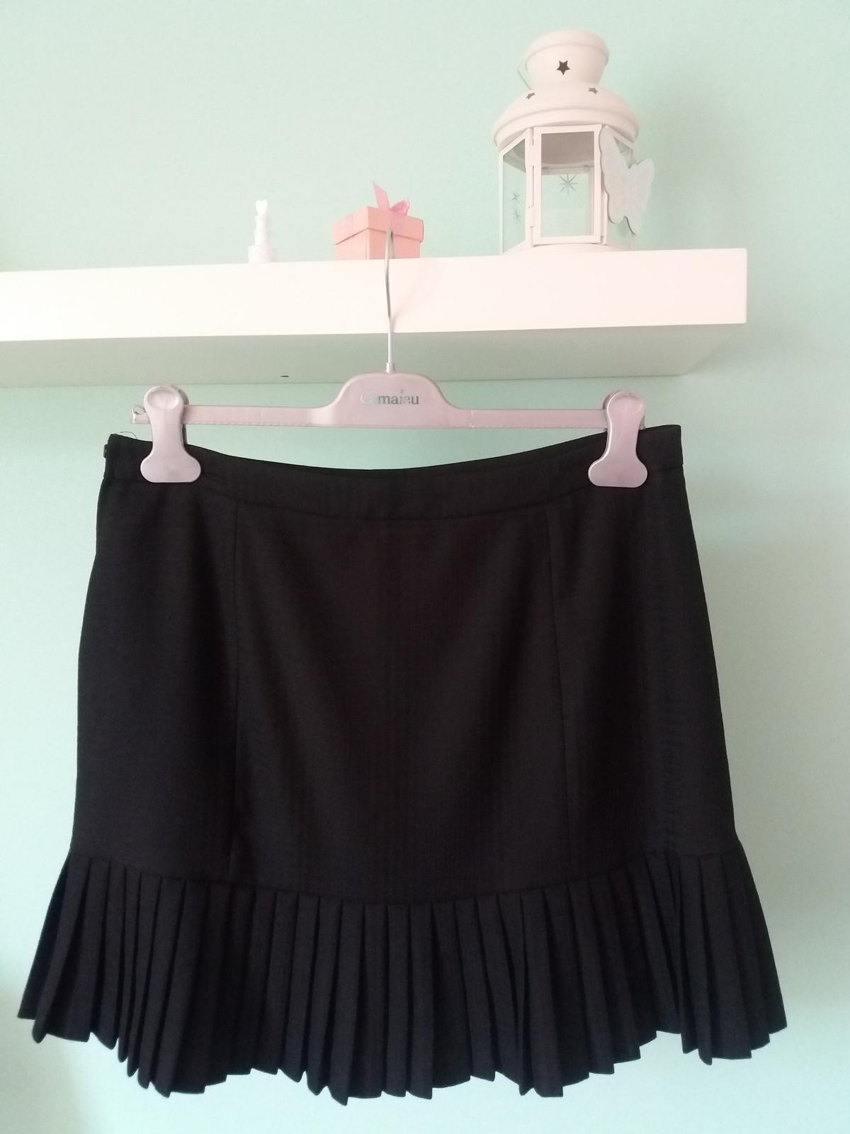 2f8131e3c7f7 Elegantní černá sukně