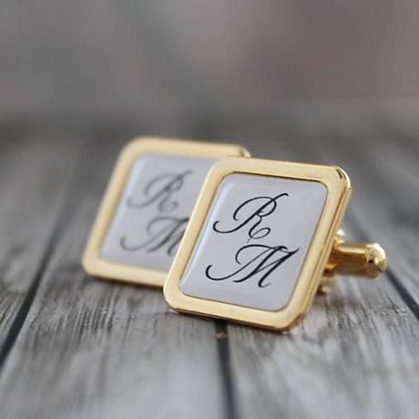 Manžetové gombíky s iniciálkami, zlatá farba,