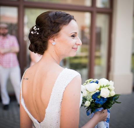 Perličkové svadobné šaty, 34