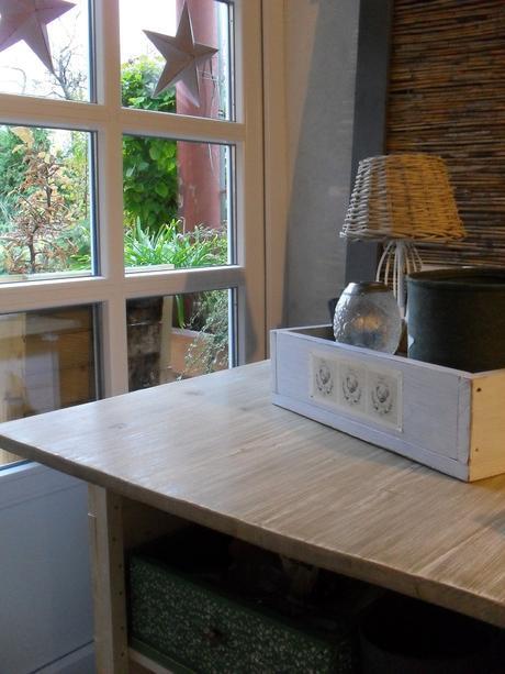 Masívna doska stola 79 x 81cm.,