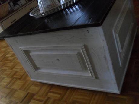 Vintage konferenčný stolík úložným, i na sedenie.,