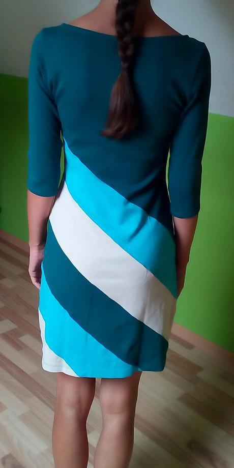 Petrolejové šaty Jarosa , M