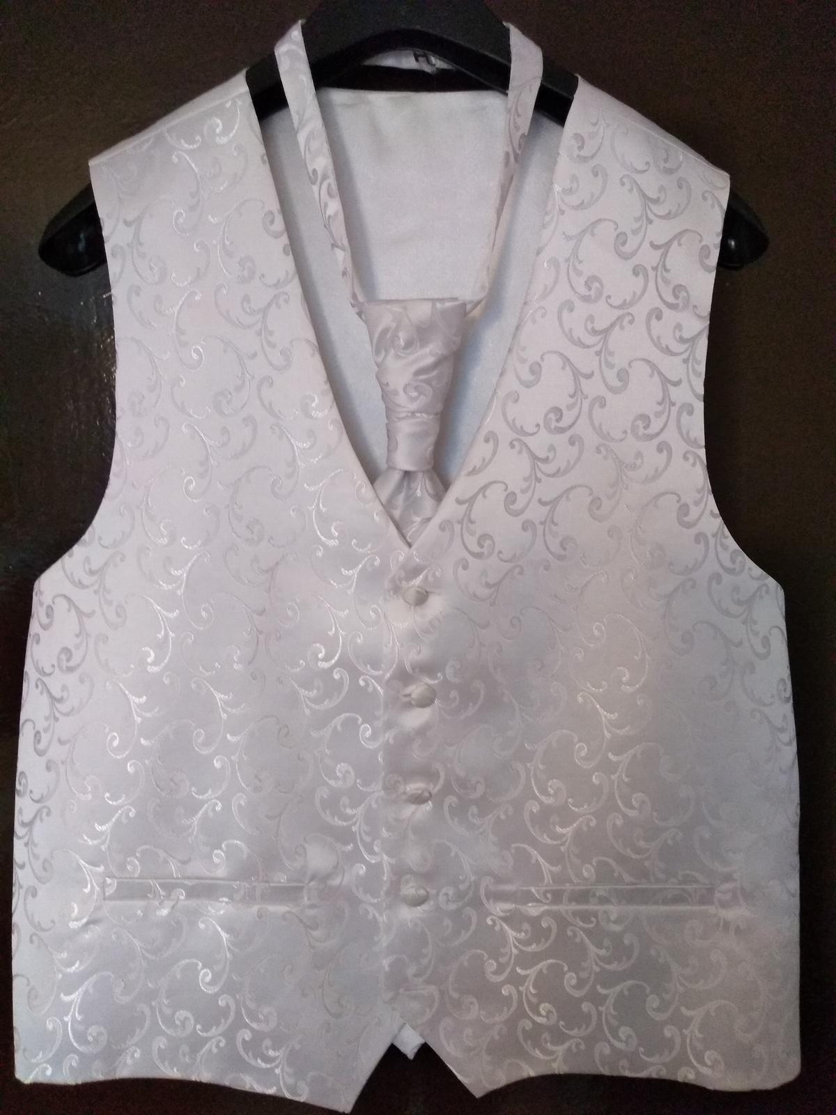 ee466cfc9ba0 Svadobná vesta s kravatou - veľkosť m