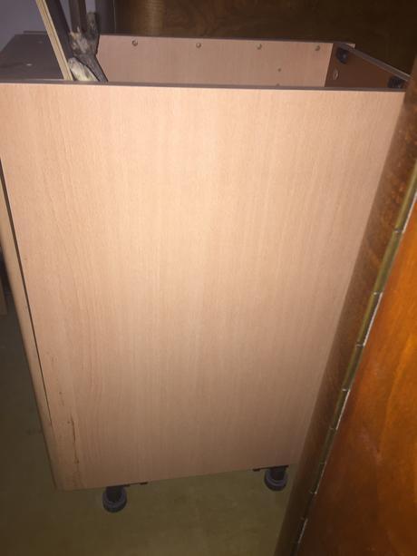 Spodná dverová skrinka,