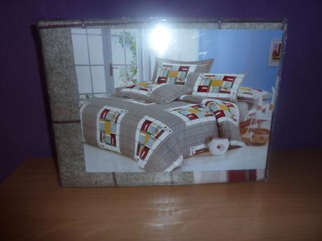 Prikrývka na posteľ,