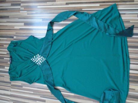 Zelené elegantné šaty, 36