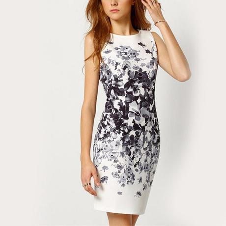 společenské šaty s černými květy , XXL
