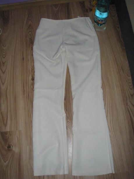 Spoločenské nohavice, 36