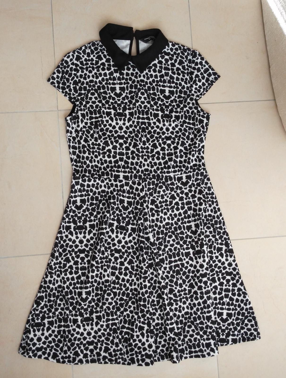 01ae10be9313 Čiernobiele šaty 40 l