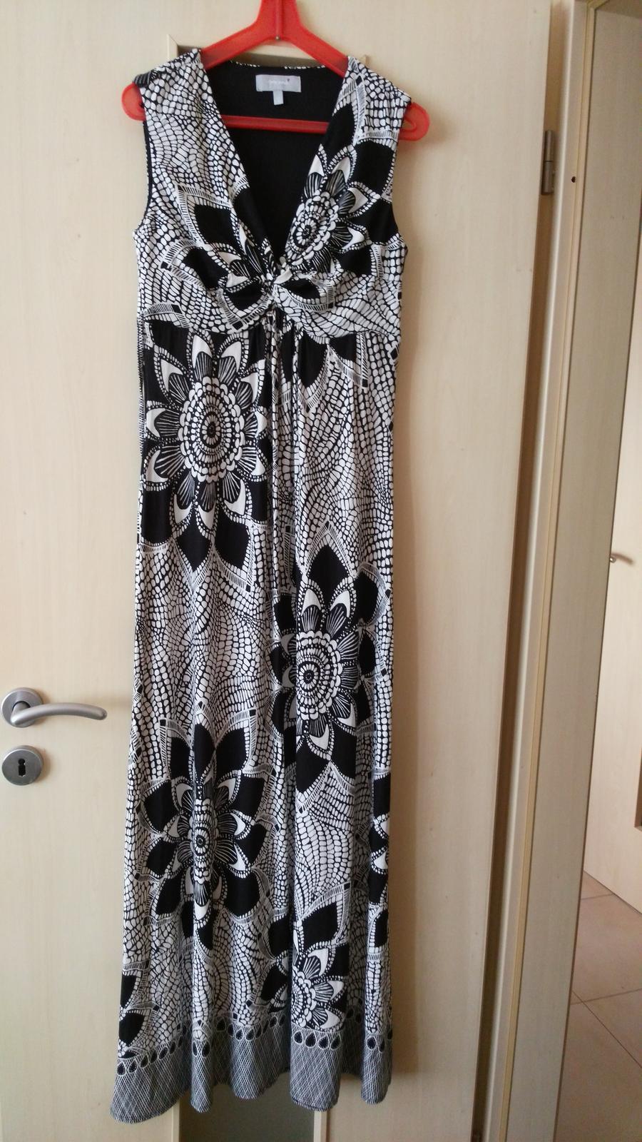 59250f6b1bb2 Dlhé čiernobiele šaty 36-38 (s-m)