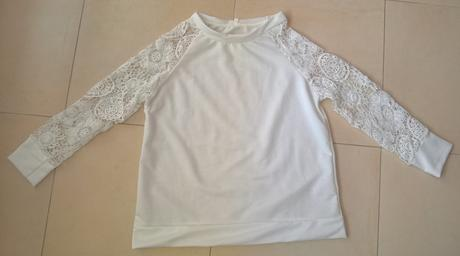 biely top s hačkovanými rukávmi č.40, 40