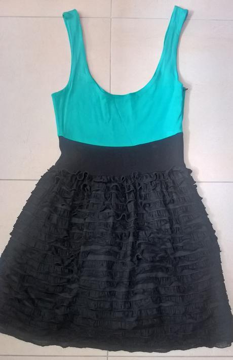 Elegantné čierno-zelené šaty č. 34 - 36, 34