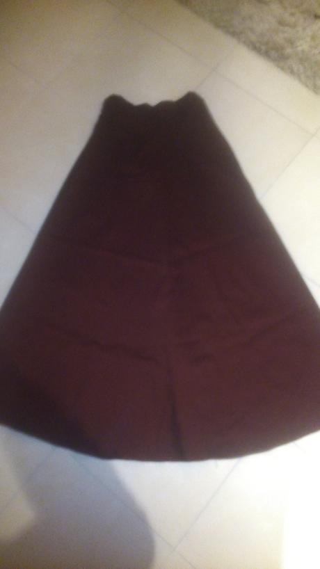 Korzetové vínovočervené spoločenské šaty č. 36, 36