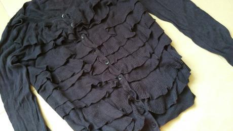 Tmavomodry sveter s volanmi 36/S, 36