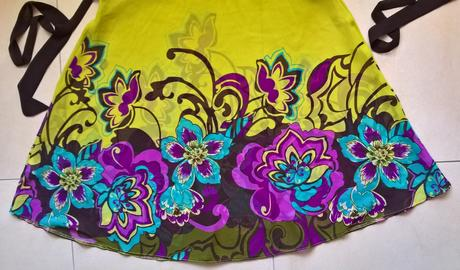 žlté šaty s kvetmi č. 40, 40