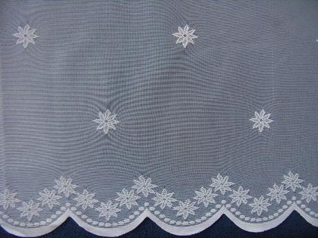 Záclona s malými kvietkami 140 x 300cm,
