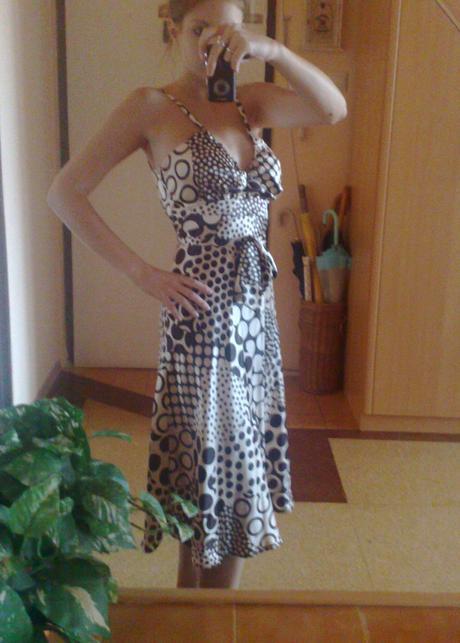 spoločenské šaty z ľahkého materiálu, 36