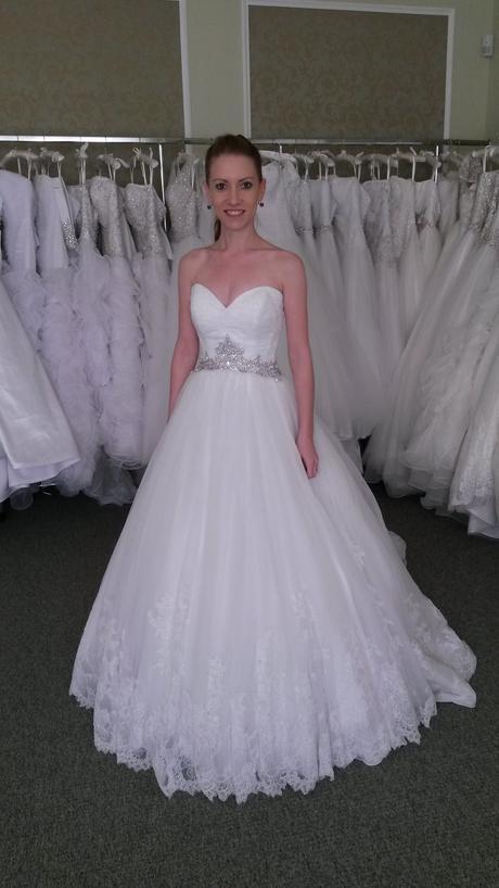 allure bridals 9014, 32