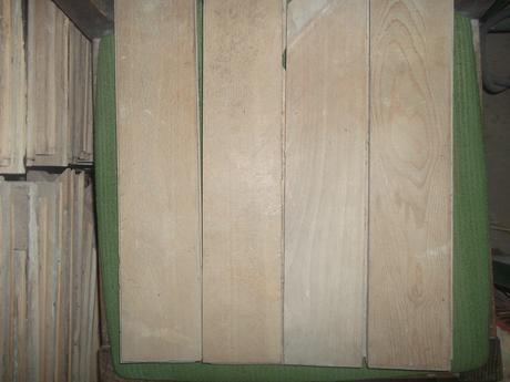 drevené bukové parkety,