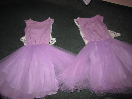 Šaty pro družičku, 140