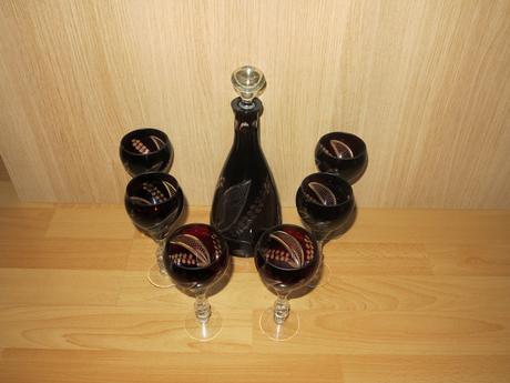 Brúsená rubinová súprava - karafa + 6 pohárov,