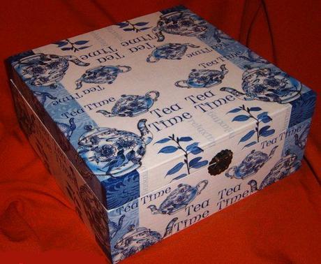 9priečinková krabica na čaje ,