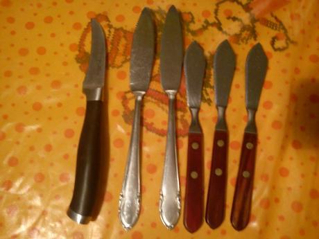 Nožíky,