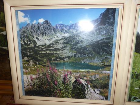2 obrazy - Krajina, rozmer každého 32,5x31cm,