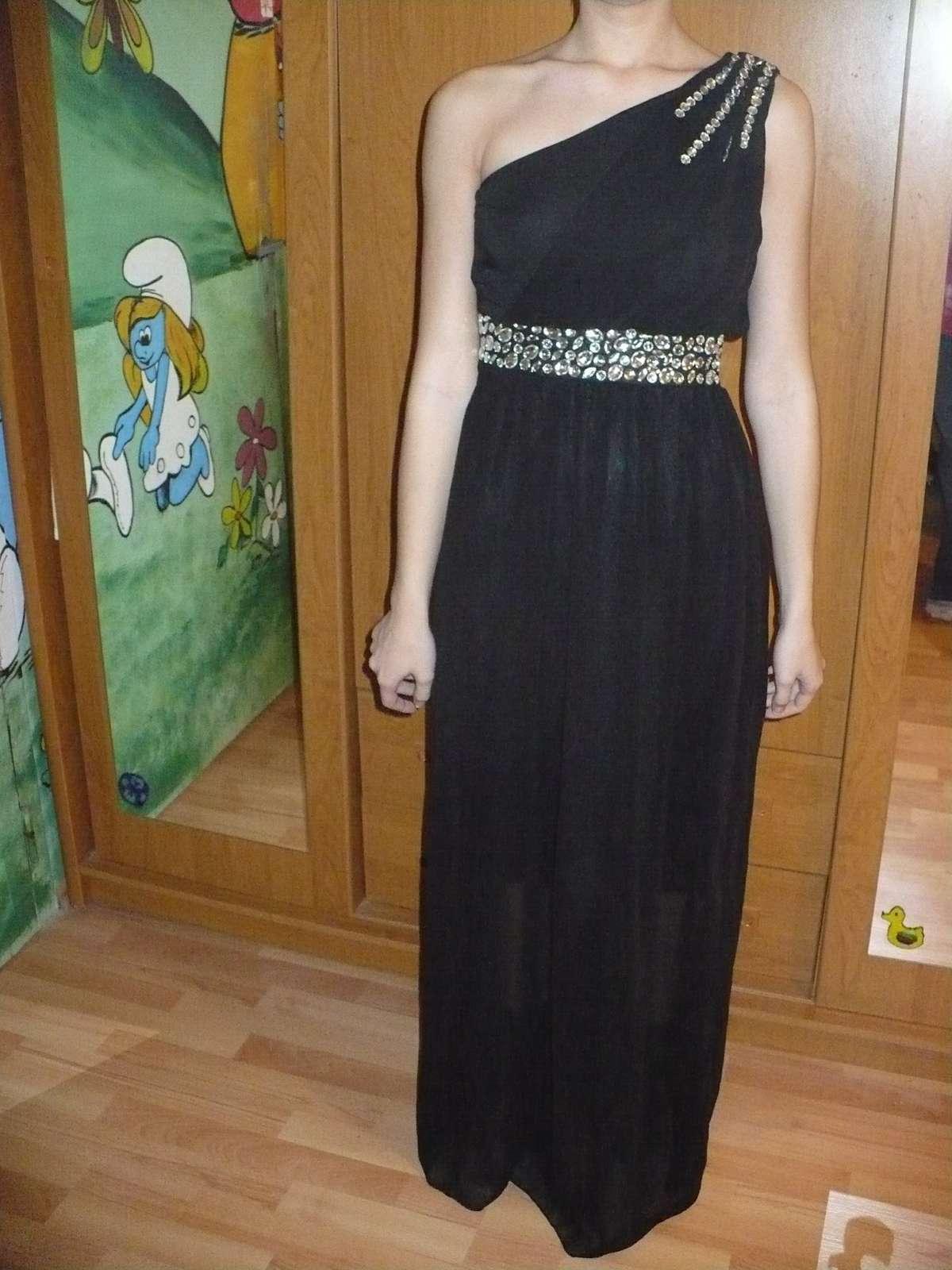 Dlhé spoločenské šaty 26d9b1be502