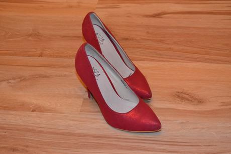 Červené popolnočné topánky, 37
