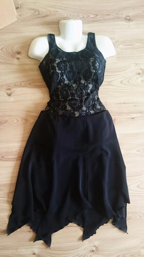 Elegantná cípatá sukňa, M