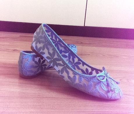 priesvitné, krajkované balerínky, 39
