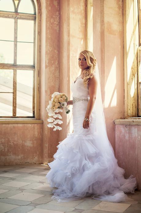 Svadobné šaty s kamienkovým opaskom 34-38 + závoj,, 36